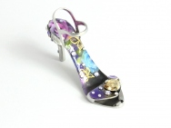Butterfly Garden - stiletto ring-tab opener