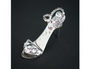 White Crystal - fingernail preserving stiletto ring-tab open