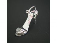 SAKURA Month - stiletto ring-tab opener