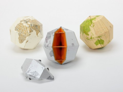 Earth's Axis, 23.4 Degree Sectional Globe [RAW MATERIALS]