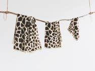 giraffe bath towel / hand towel / wash towel / 3 piece set
